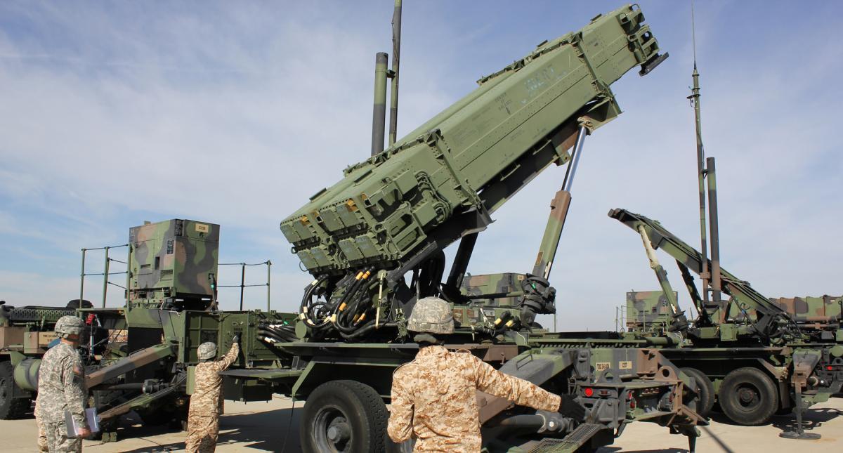 Батареи ПВО для армии США в Европе. База в Редзикове – согласно плану.
