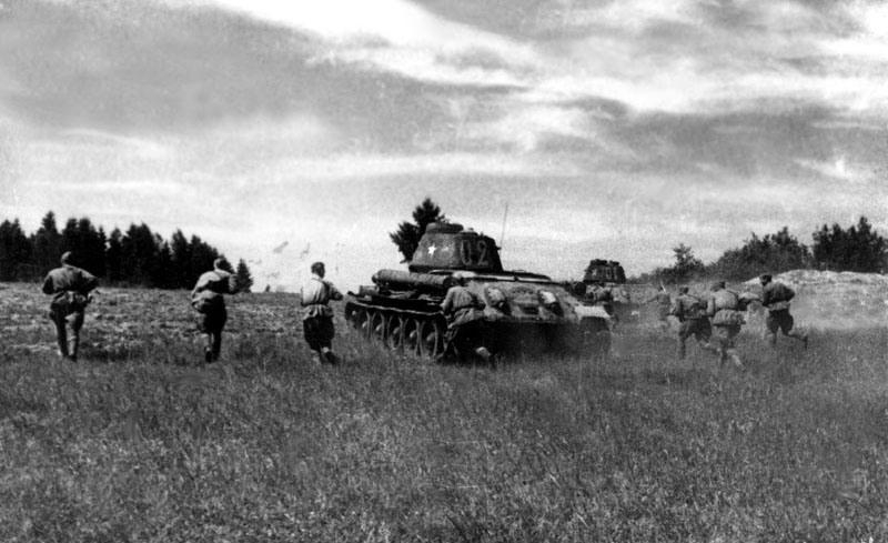 Картинки по запросу окружение ркка под харьковом 1942 год-фото