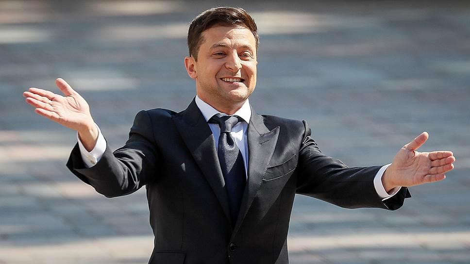 Владимир Зеленский объявил о роспуске Верховной рады