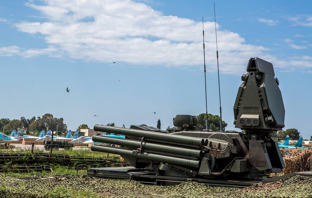 Силы ПВО отразили 19 мая атаку террористов на аэродром Хмеймим