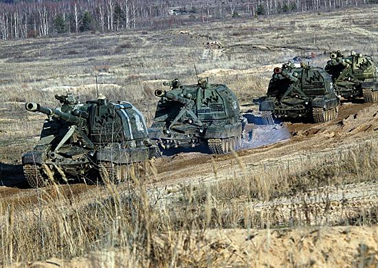 Артиллеристы учебного центра ЗВО попадали с расстояния в 2 км в мишени величиной с арбуз