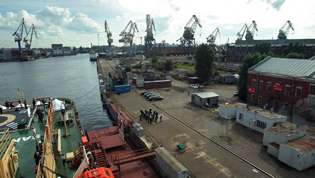 Патрушев обсудил с руководством Балтийского завода развитие атомного флота