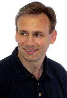 Член корреспондент российской академии космонавтики им циолковского юрий караш