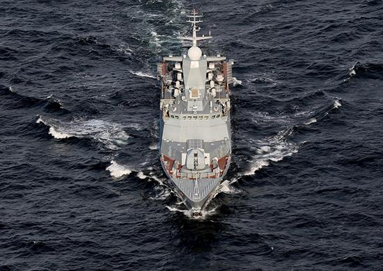 Корабль Балтийского флота зашел в порт Джибути