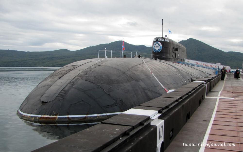показать про подводную лодку у 746