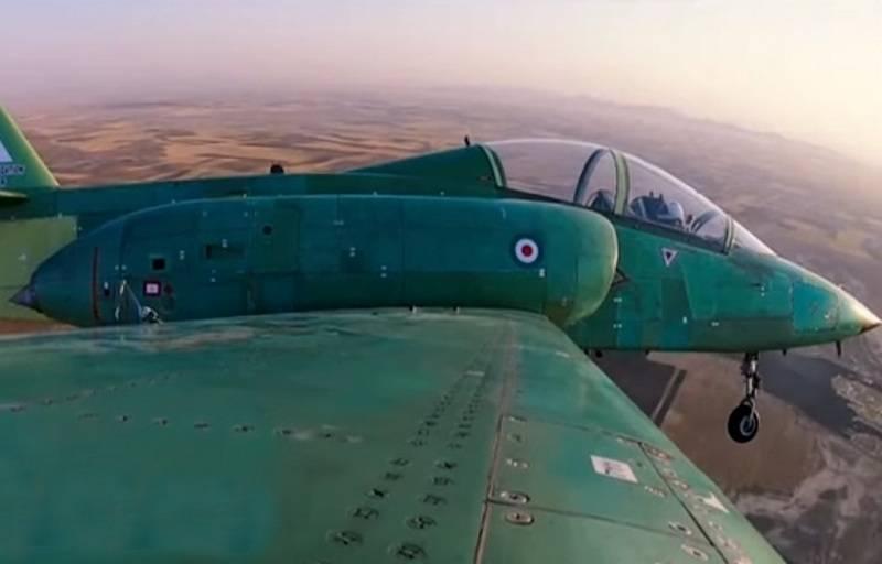 Иран показал новый самолет Yasin
