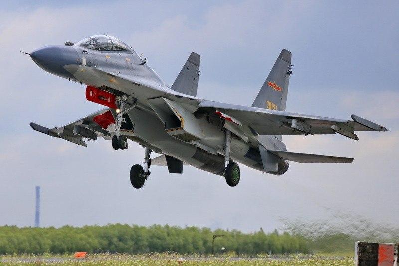 20 лет назад в небо был поднят первый Су-30МКК