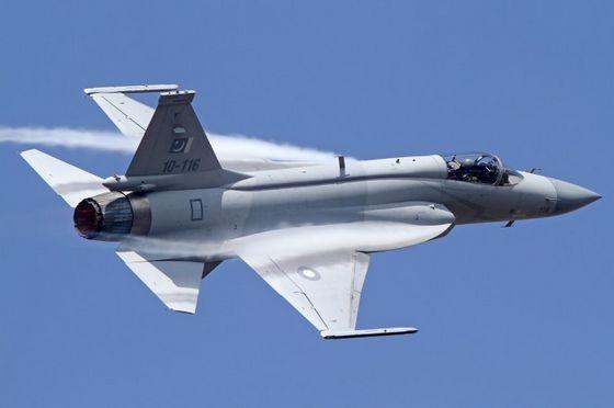 ВВС Пакистана приняли новую партию истребителей JF-17 «Тандер»