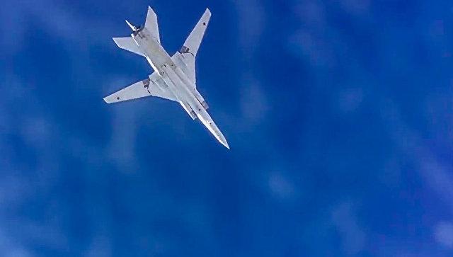 Бомбардировщики Ту-22М3 выполнили полеты над Балтийским и Норвежским морями