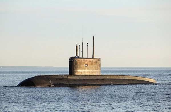 """Подводная лодка """"Великий Новгород"""" входит в состав ВМФ России"""