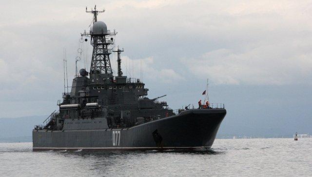 """В Японском море российский """"Пересвет"""" провел артиллерийские стрельбы"""