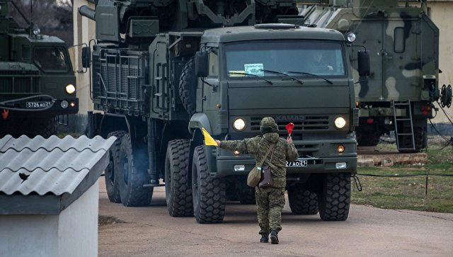 Расчеты ЗРС С-400 заступили на боевое дежурство в Саратовской области